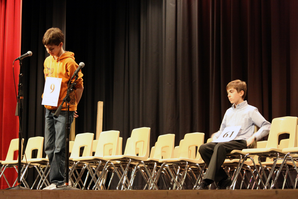 2010 HCL Spelling Bee champ Sam Osheroff at the mic