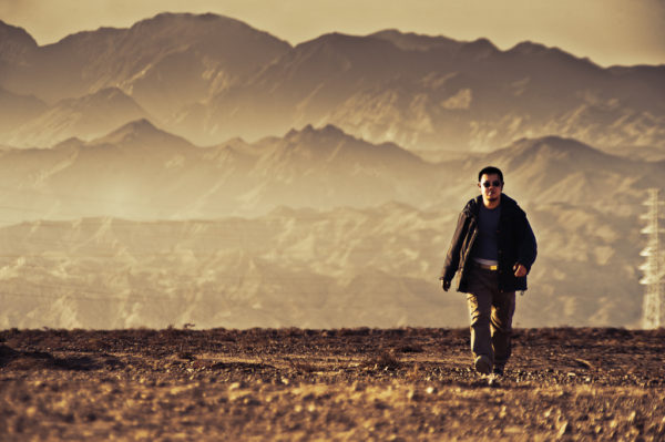 Blogging without comments is like walking all alone in the desert